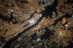 Fiber Lasers for  satellites